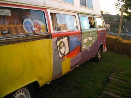 1972 VW Bus stretch right rear