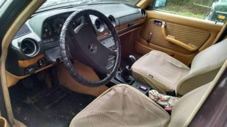 1979 Mercedes 280E interior