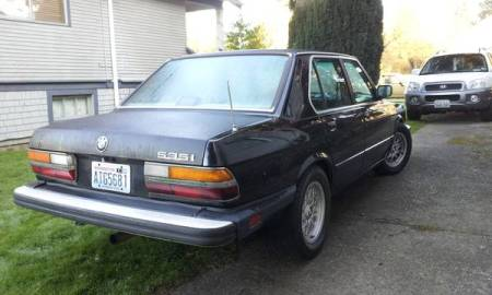 1987 BMW 535i right rear