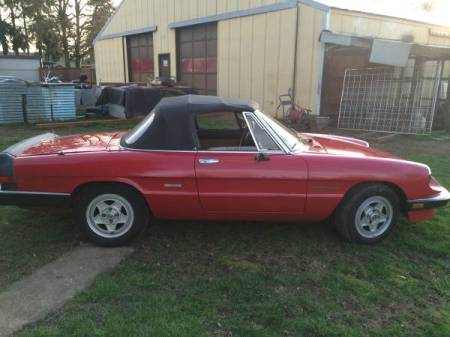 1989 Alfa Romeo Spider Veloce right side