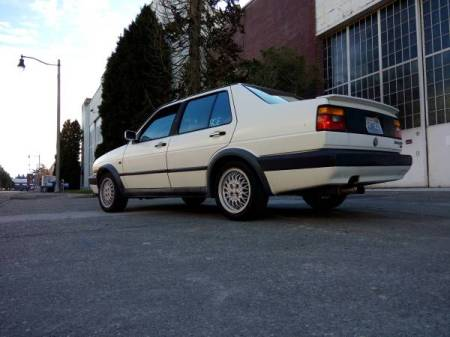 1992 Volkswagen Jetta GLI left rear
