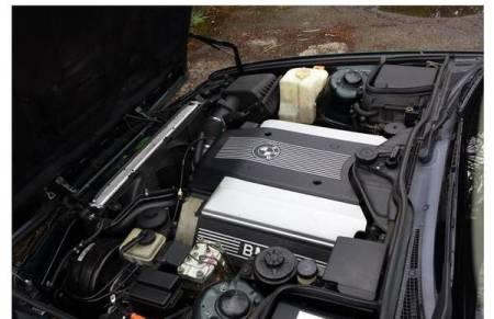 1994 BMW 530i engine