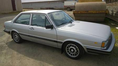 1981 Audi 4000 5+5 right front
