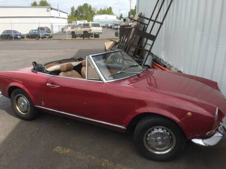 1968 Fiat 124 Spider right front