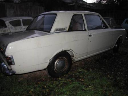 1969 Ford Cortina right rear
