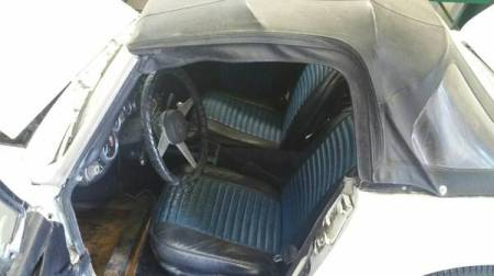 1973 MG Midget interior