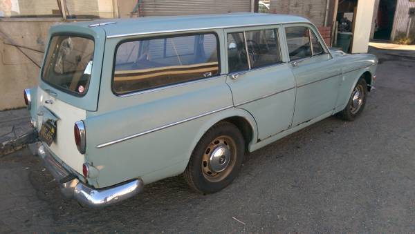 finally volvo 122s wagon rusty but trusty. Black Bedroom Furniture Sets. Home Design Ideas
