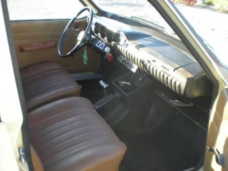 1971 Renault 12TL interior