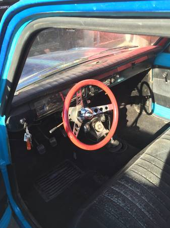 1972 Datsun 521 pickup interior