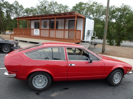 7 1979 Alfa Alfetta GT and 1972 BMW 2002tii in Oregon