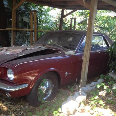 1965 Ford Mustang left front