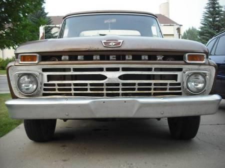 1966 Mercury M100 front