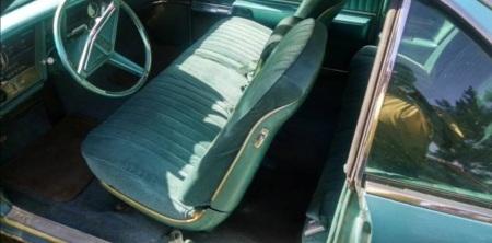 1968 Oldsmobile Toronado 2 interior