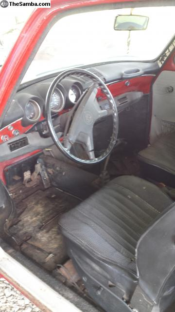 1973 VW Squareback interior