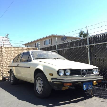 1979 Alfa Romeo Alfetta GT 2 right front