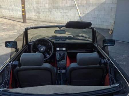 1987 Alfa Romeo Spider Quadrifoglio interior