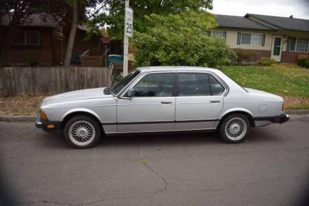 1984 BMW 733i left side