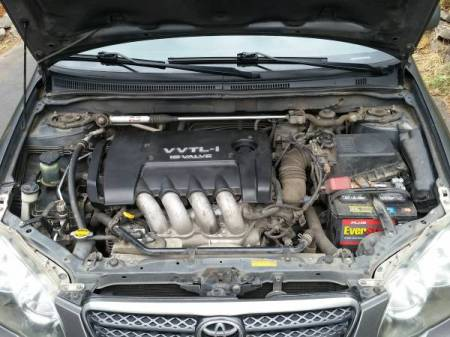2005 Toyota Corolla XRS engine