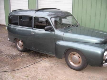 1957 Volvo P210 Duett right front