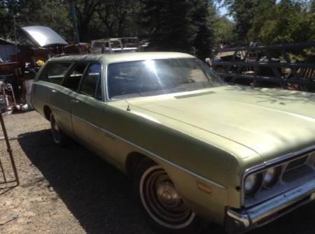 1969 Dodge Polara wagon right front