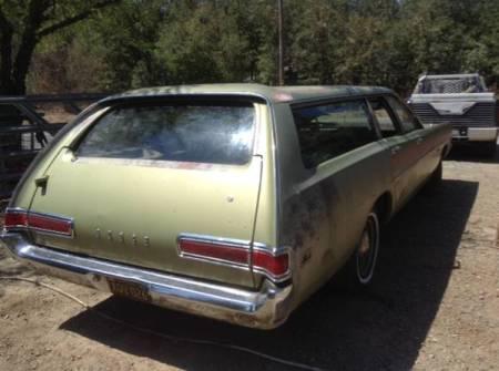 1969 Dodge Polara wagon right rear