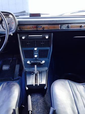 1974 BMW Bavaria interior 2