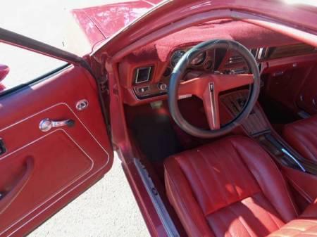 1976 Pontiac Sunbird interior