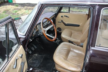 1972 Alfa Romeo Berlina interior