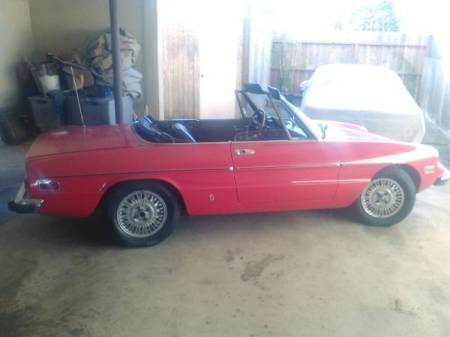 1973 Alfa Romeo Spider Veloce right rear