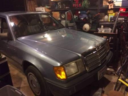 1984 Mercedes 300D front