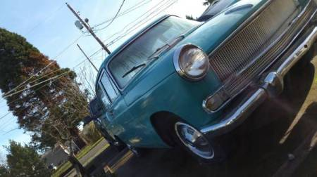 1961 Austin Cambridge right front