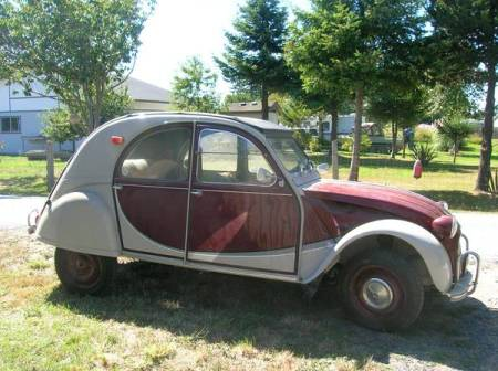1965 Citroen 2CV right front