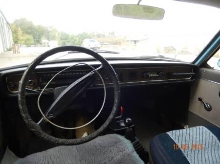 1969 Volvo 164 interior