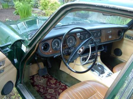 1973 Jaguar XJ6 interior