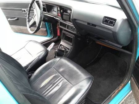1976 Subaru DL Wagon interior