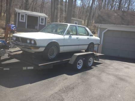1977 BMW 530i 2 left front