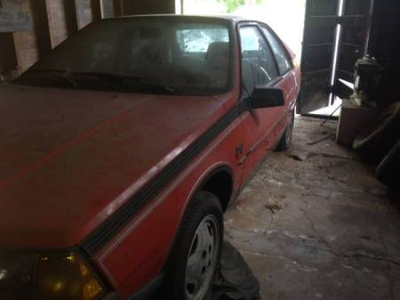 1983 Renault Fuego Turbo left front