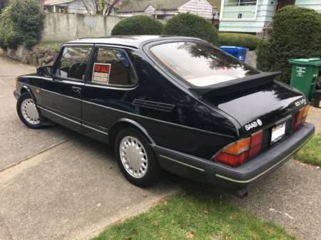 1990 Saab 900 Turbo left rear