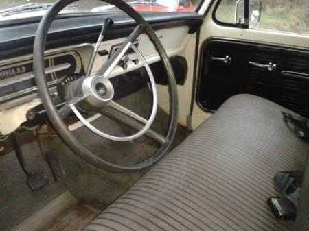 1967 Ford F250 interior