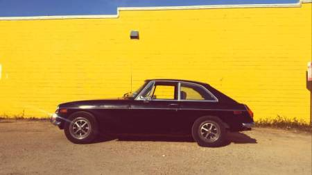 1972 MGB GT left side