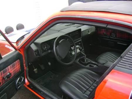 1977 Triumph TR7 coupe interior