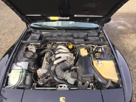 1986 Porsche 944 2 engine