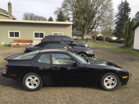 1986 Porsche 944 2 right side