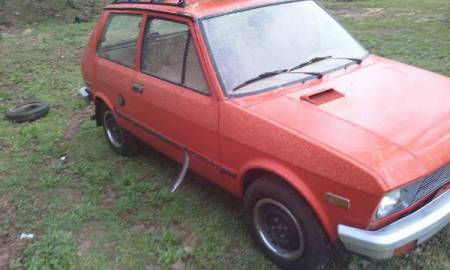 1987 Yugo GV right front