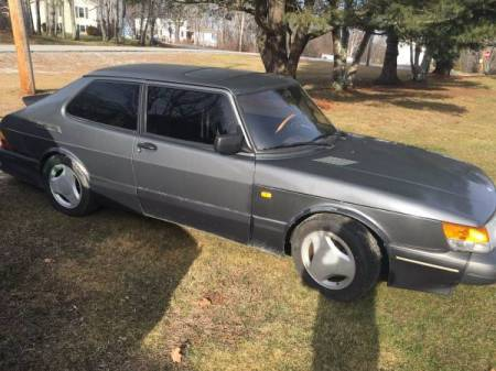 1988 Saab 900 SPG right front