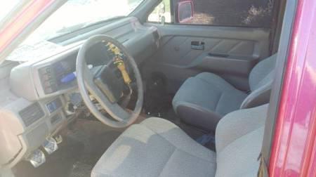 1989 Isuzu pickup interior