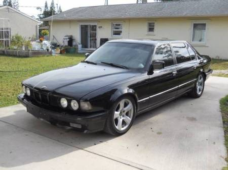 1990 BMW 735iL left front