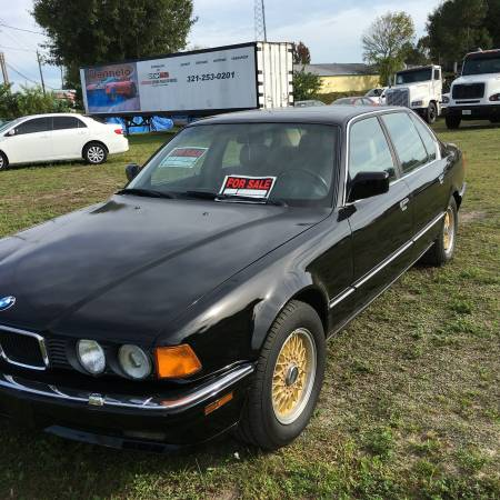 1990 BMW 750iL left front