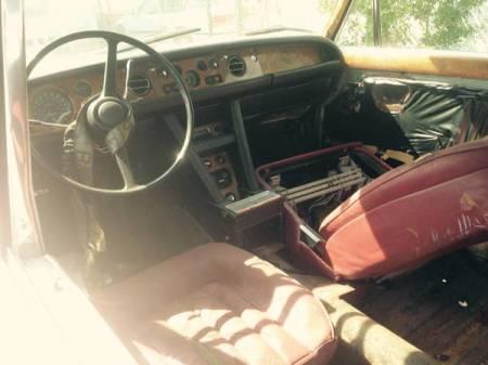 1969 Rolls Royce Silver Shadow interior