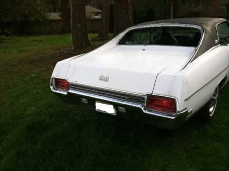 1970 Ford LTD XL right rear